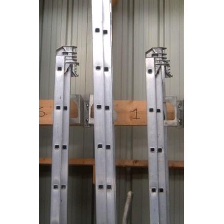 Porte échelle - rangement échelle