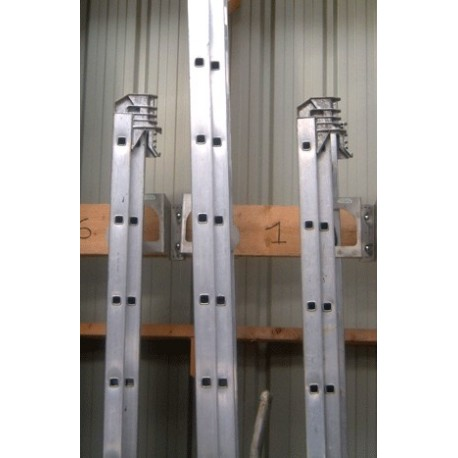 Porte-outils fixe, spécial échelles