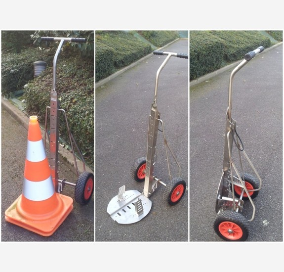 Traffic cones trolley
